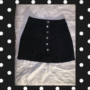 Corduroy black butting down skirt
